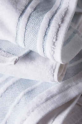 Slide View: 3: Herringbone-Bordered Turkish Cotton Towel Collection