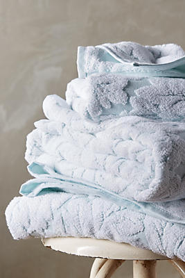 Foglia Towel Collection