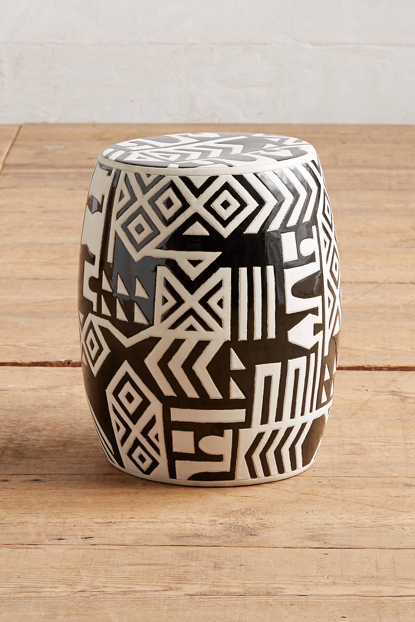 WHIT Ceramic Stool