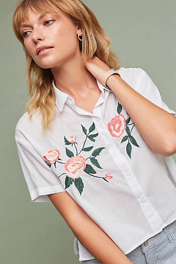 Este Embroidered Buttondown