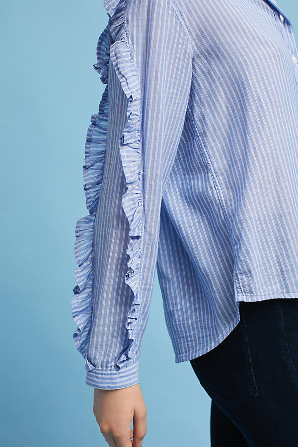Slide View: 3: Rails Ruffled Buttondown