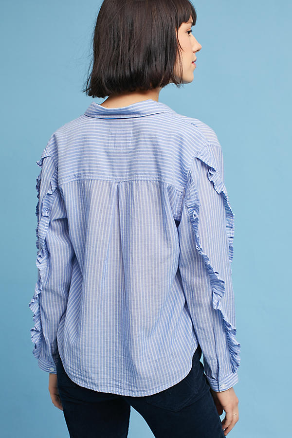 Slide View: 5: Rails Ruffled Buttondown