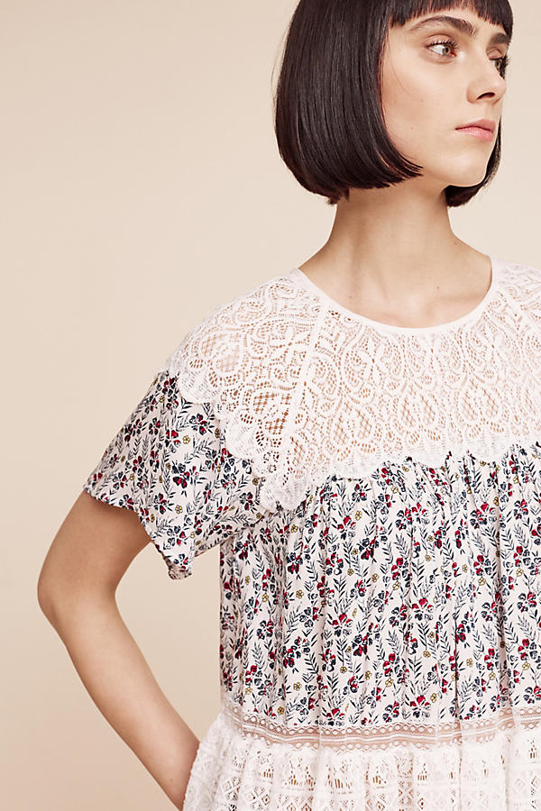 Slide View: 1: Sara Lace Blouse