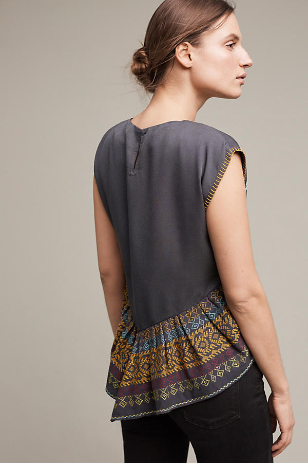 Slide View: 3: Neysa Embroidered Top