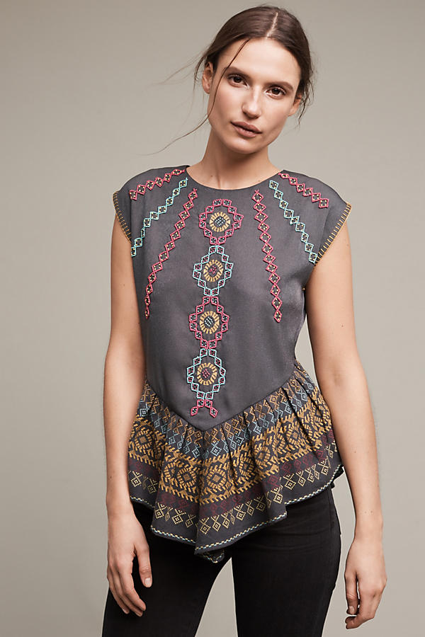 Slide View: 1: Neysa Embroidered Top