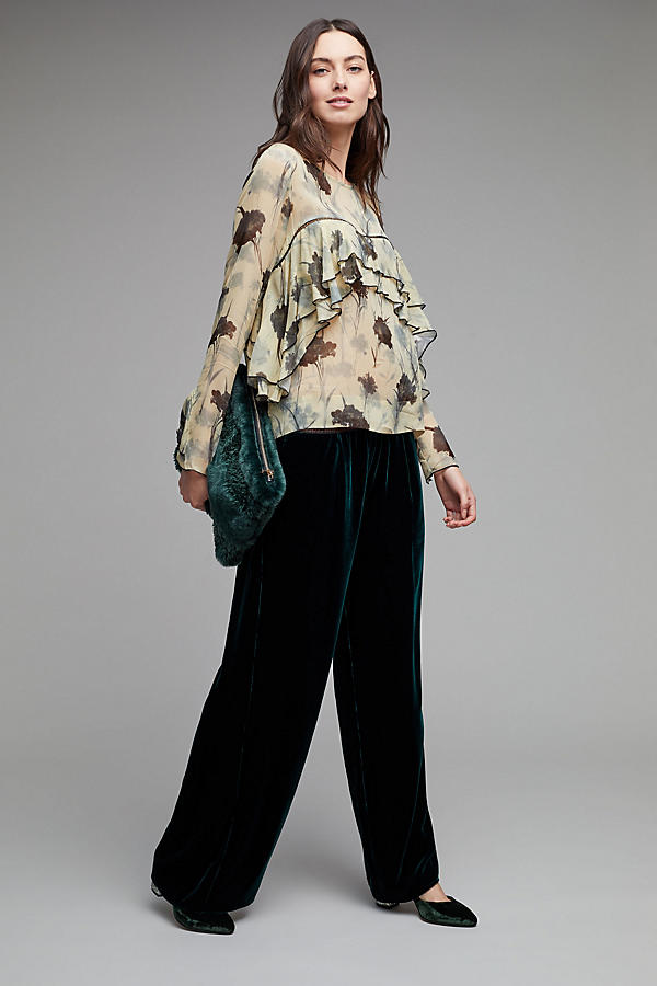 Slide View: 3: Yelta Floral Ruffle Blouse