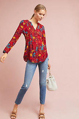 Slide View: 1: Printed Pintucked Blouse