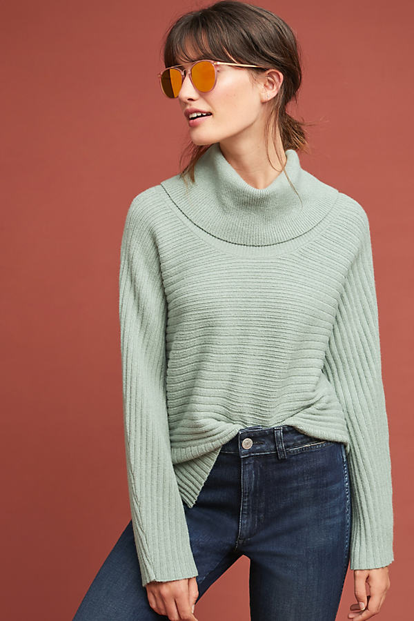 Ribbed Turtleneck - Green, Size M