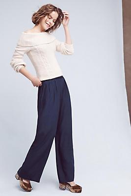 Neves Off-The-Shoulder Pullover