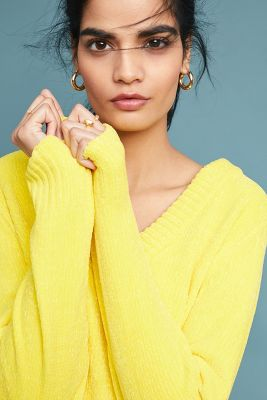 Just Female   Geovana V-Neck Pullover  -    YELLOW