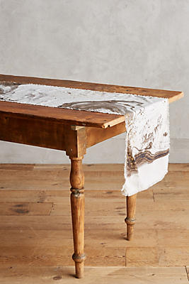 Slide View: 1: Marbled Table Runner