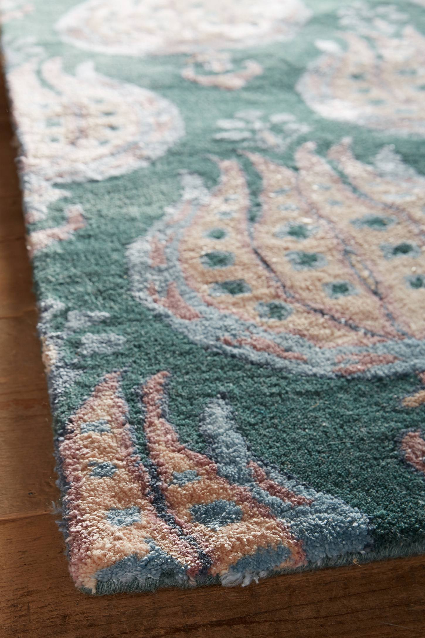 Slide View: 3: Boleyn Rug