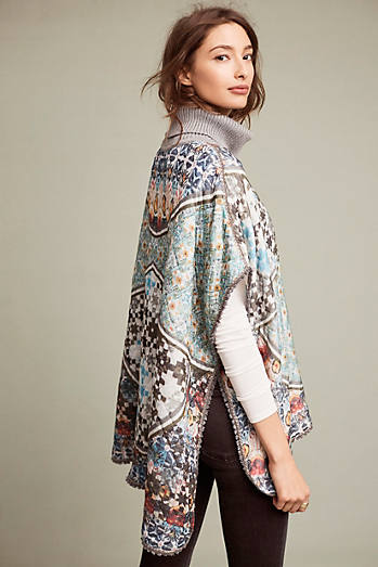 Poncho Printed With Trim