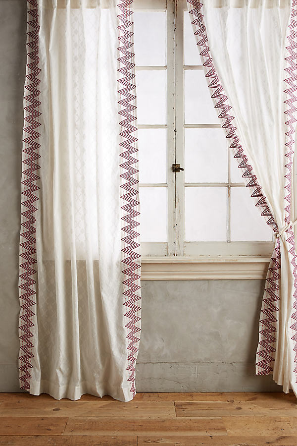 Chevron-Trimmed Curtain - Wine, Size 50 X 108