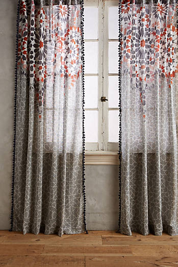 Taye Curtain