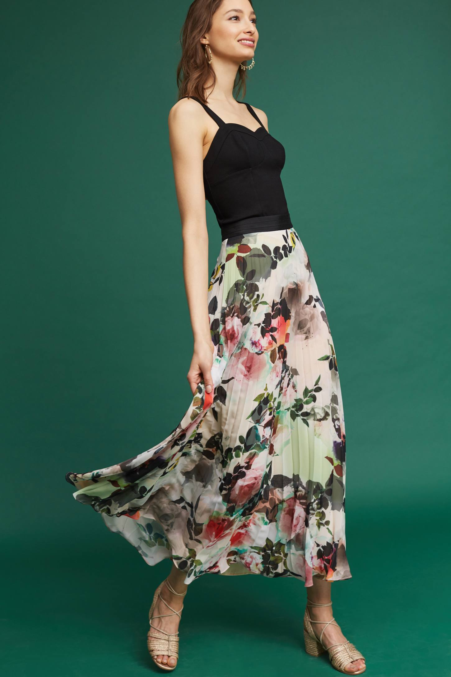 Slide View: 2: Pleated Floral Skirt