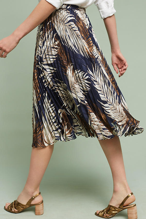 Slide View: 4: Pleated Palms Skirt