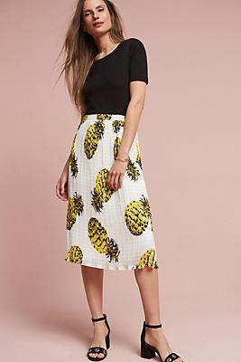 Slide View: 1: Textured Pineapple Skirt