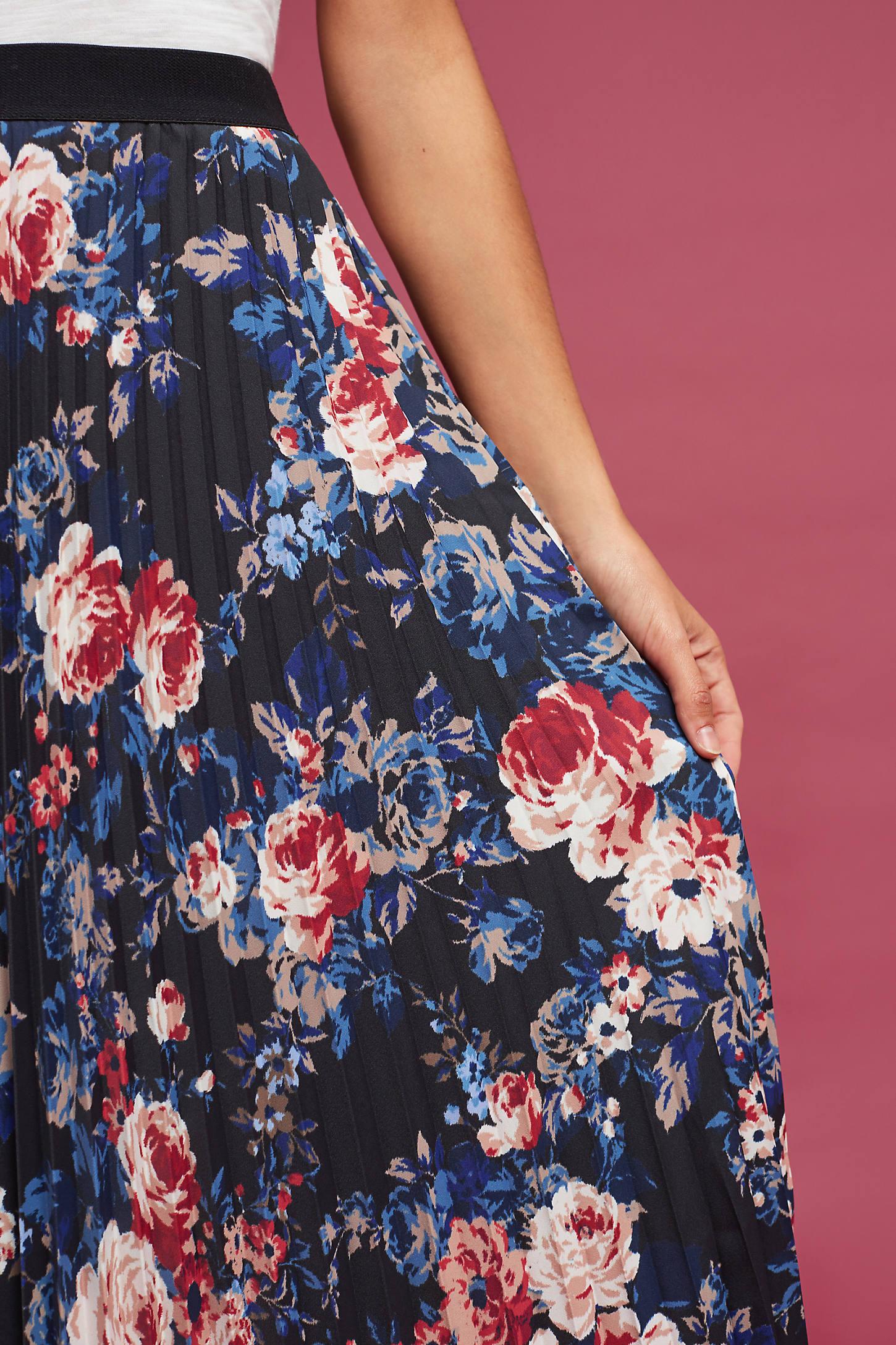 Floracion Pleated Skirt