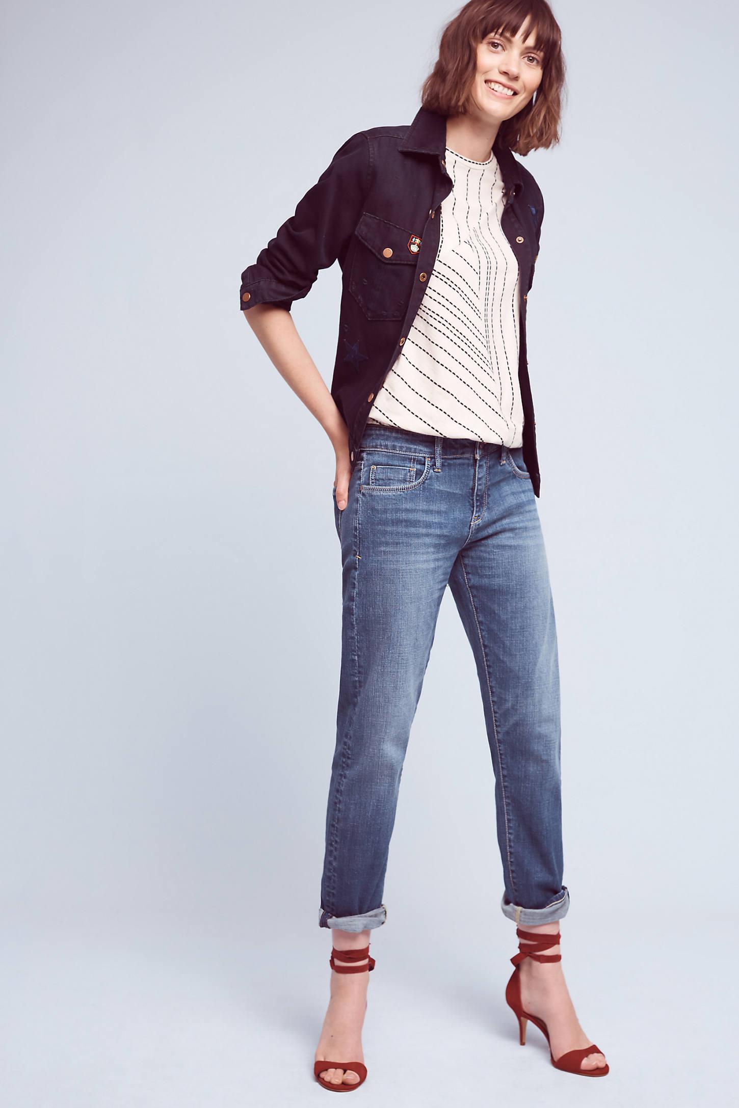 Pilcro Hyphen Mid-Rise Belaxed Boyfriend Jeans