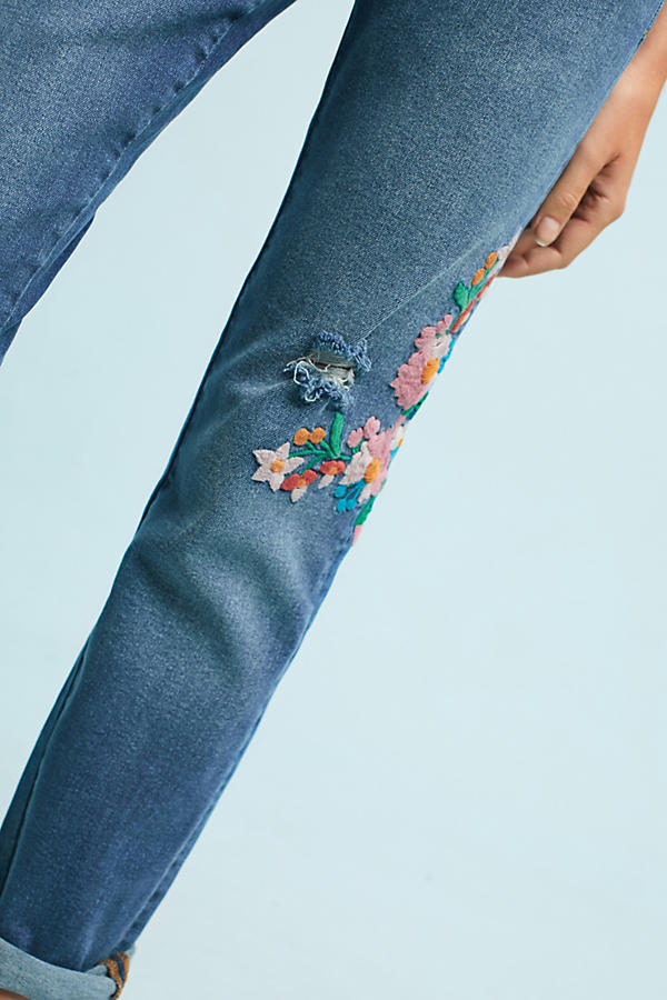 Slide View: 3: Wynona Embroidered Jeans, Blue