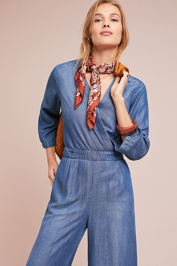 Slide View: 3: Cloth & Stone Chambray Flutter-Sleeve Jumpsuit
