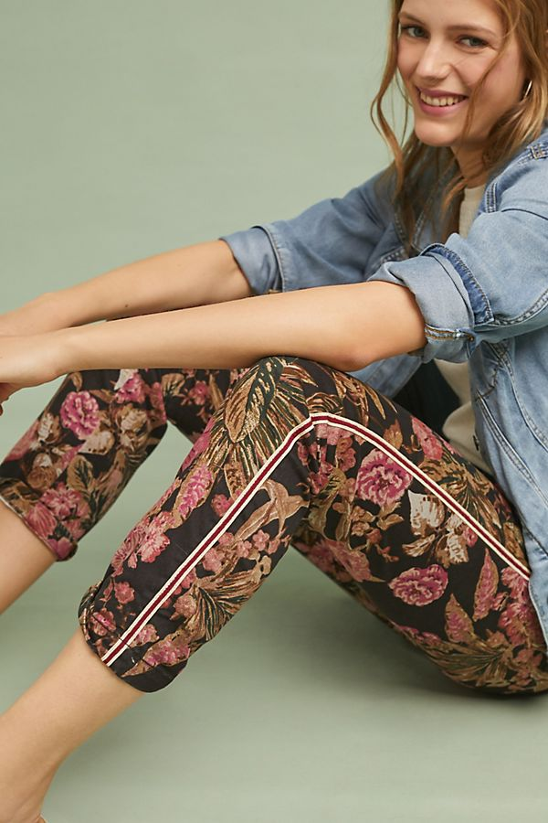 Slide View: 1: Relaxed Printed Chino Pants