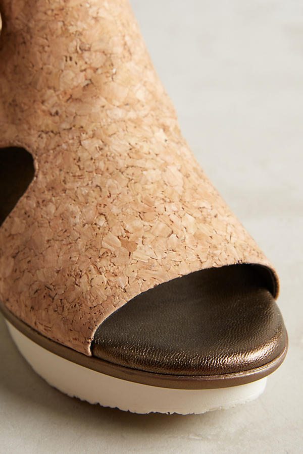 Slide View: 4: Farylrobin Seeker Cork Wedges