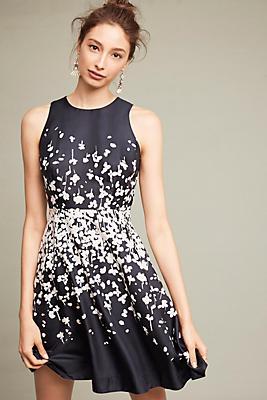 Slide View: 1: Printed Petalburst Dress