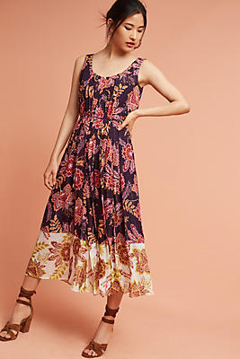 Slide View: 1: Liv Floral Midi Dress