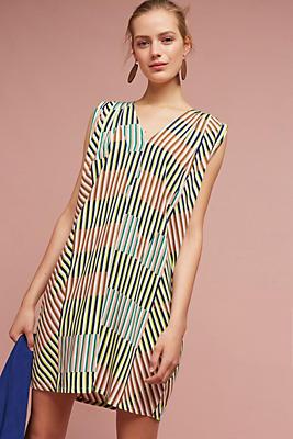 Slide View: 1: Leslie Geo Tunic Dress