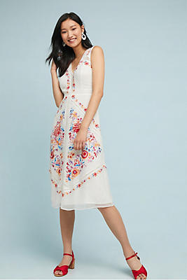 Slide View: 1: Billie Embroidered Dress