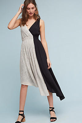 Slide View: 1: Elisabel Midi Dress