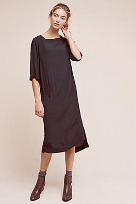 Slide View: 1: Greaca Midi Dress