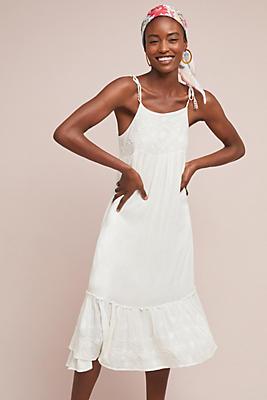 Slide View: 1: Nessa Midi Dress