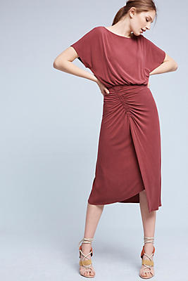 Slide View: 1: Etta Ruched Midi Dress