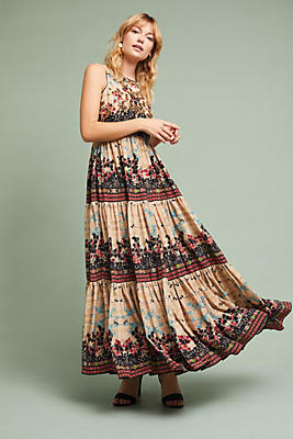 Slide View: 1: Avery Maxi Dress