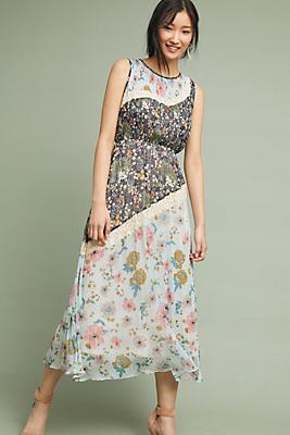 Slide View: 1: Amara Maxi Dress