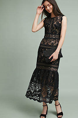 Slide View: 1: ML Monique Lhuillier Lace Trumpet Dress