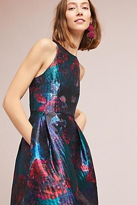 Slide View: 1: Jardin Brocade Dress