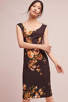 Slide View: 1: Ellaria Column Dress