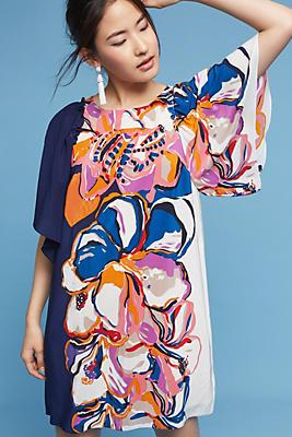Slide View: 1: Vero Silk Dress