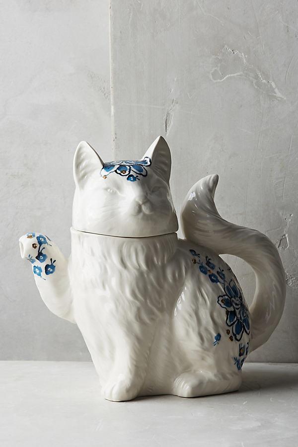 Elise Creamer - Blue Motif, Size Creamer