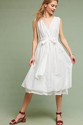 Slide View: 1: Julietta Midi Dress