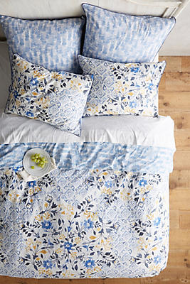 Slide View: 1: Madeline Duvet