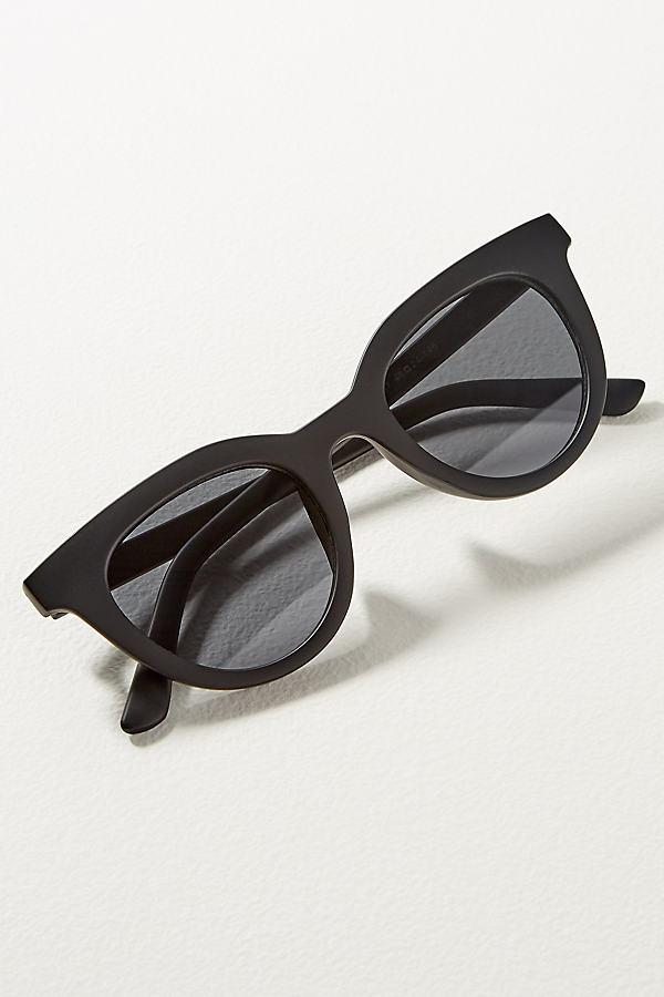 Hotsy Totsy Sunglasses - Black