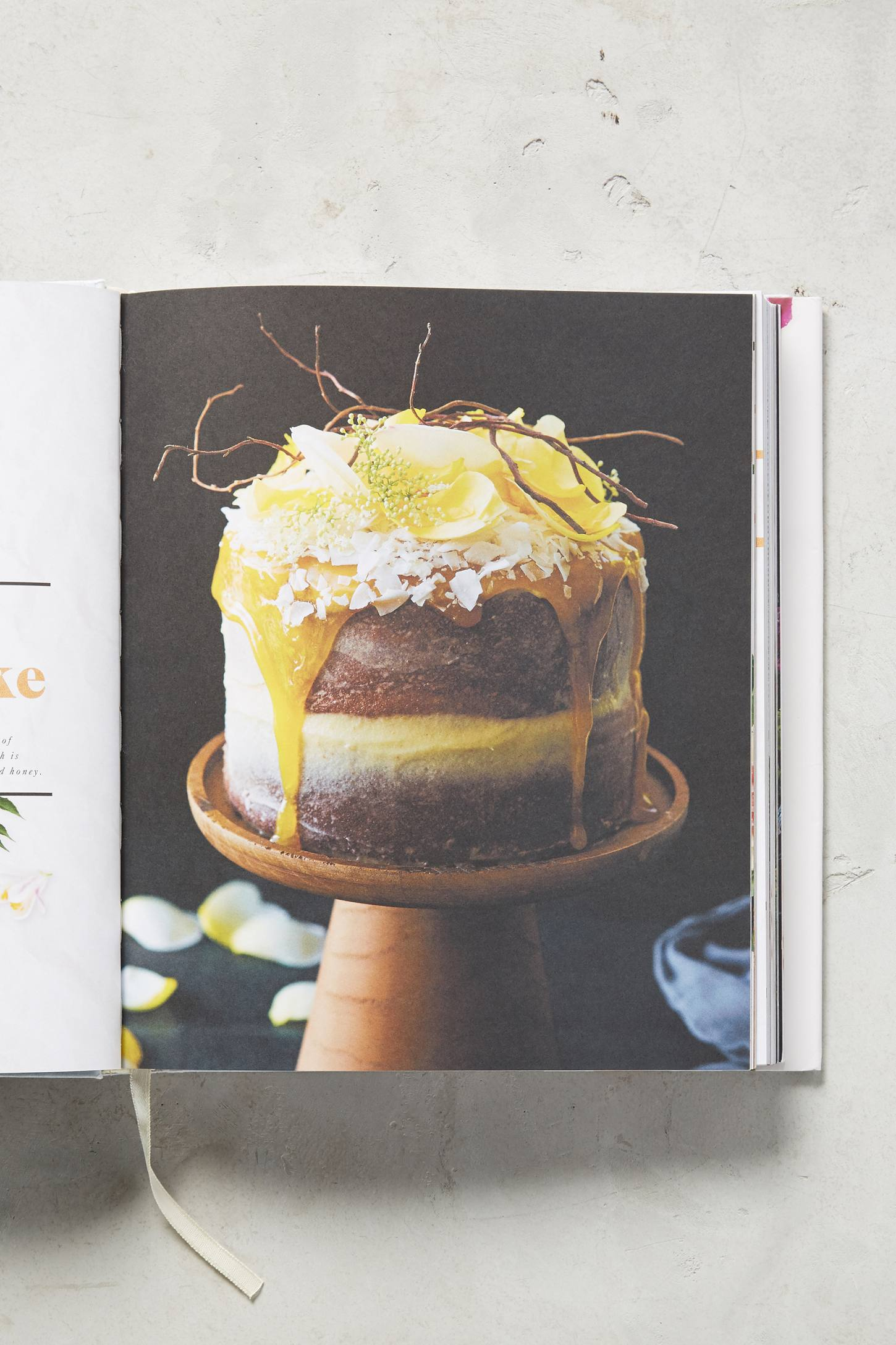 Slide View: 5: Naked Cakes