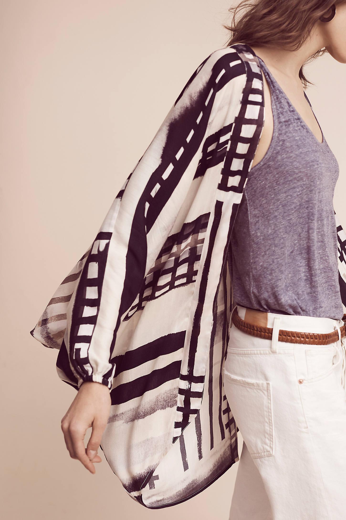 Graphic Dolman-Sleeve Kimono