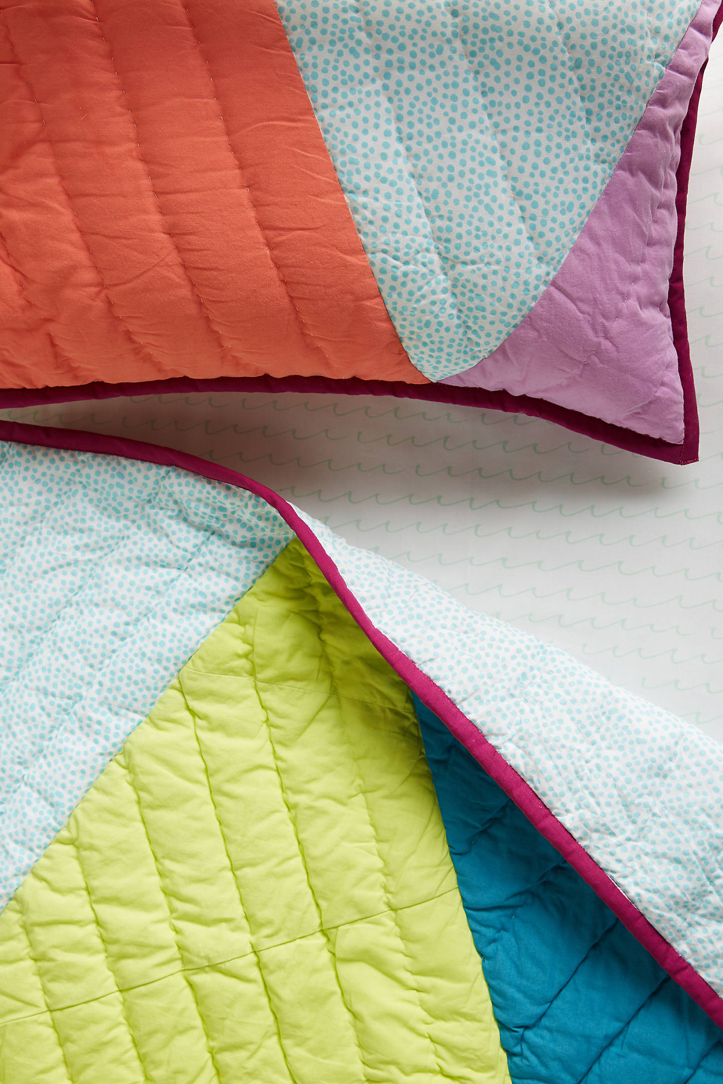 Triangles Toddler Quilt & Playmat