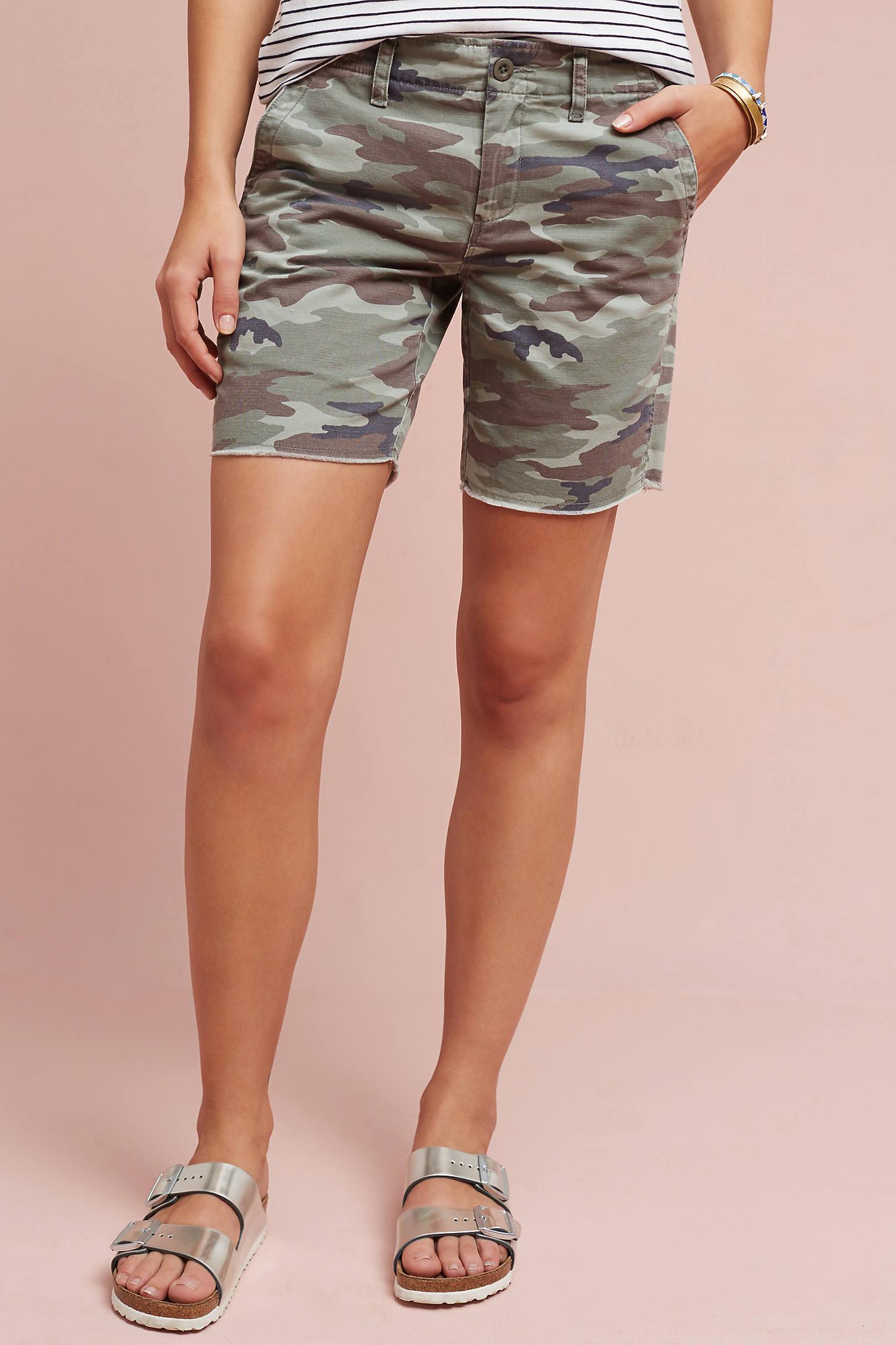 Belva Camo Shorts